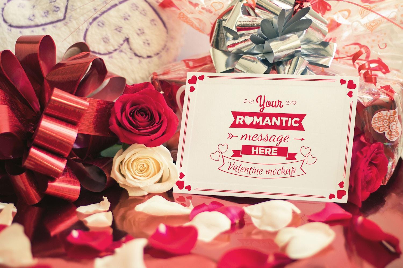 Valentine Card Mockup 04 (1) por Eru  en Original Mockups