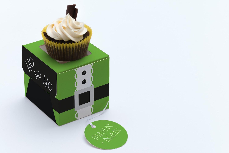 One Cupcake Box Mockup 03