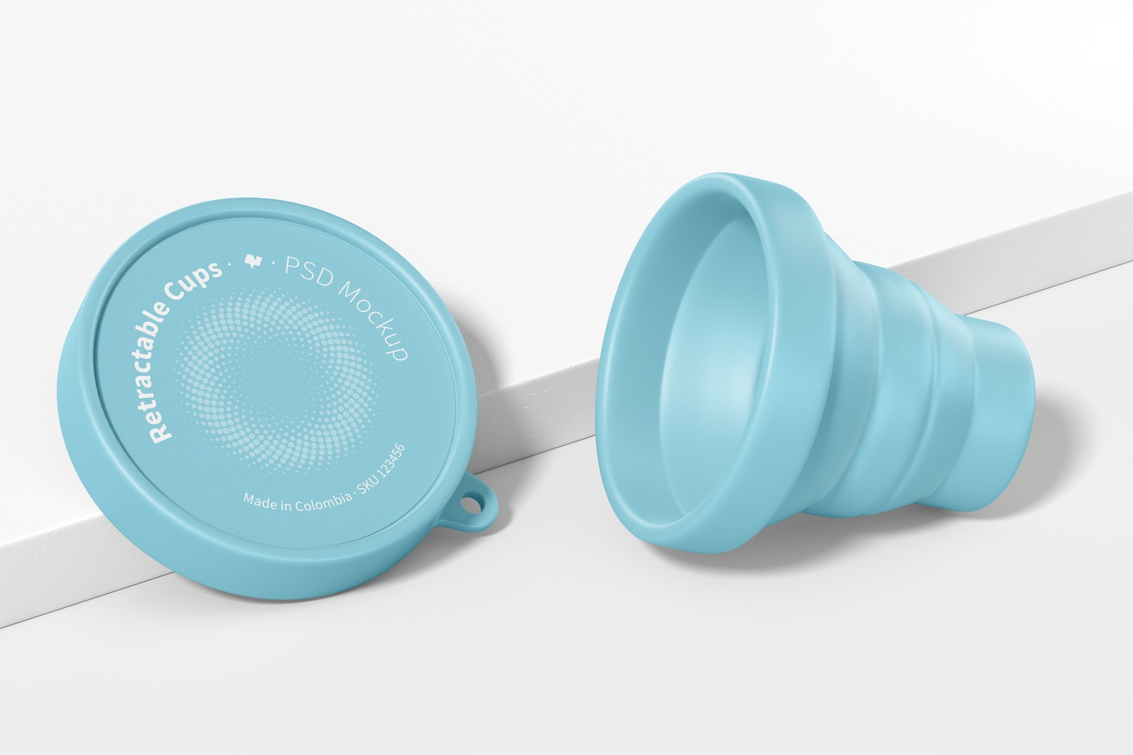 Retractable Cup Mockup, Opened