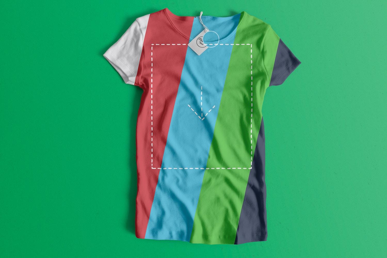 Woman Front T-Shirt Mockup 01 (2) por Antonio Padilla en Original Mockups