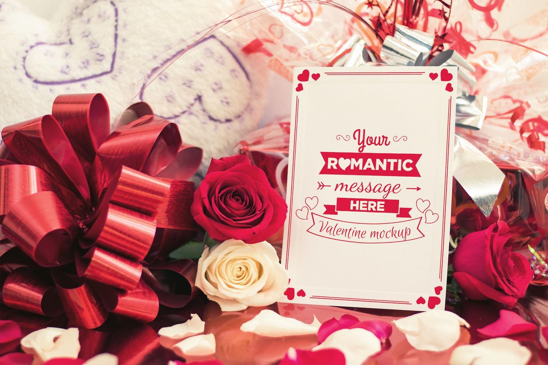 Valentine Card Mockup 03 (1) por Eru  en Original Mockups
