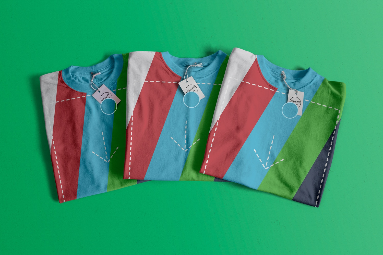 Folded T-Shirts Mockup 02 (2) por Antonio Padilla en Original Mockups