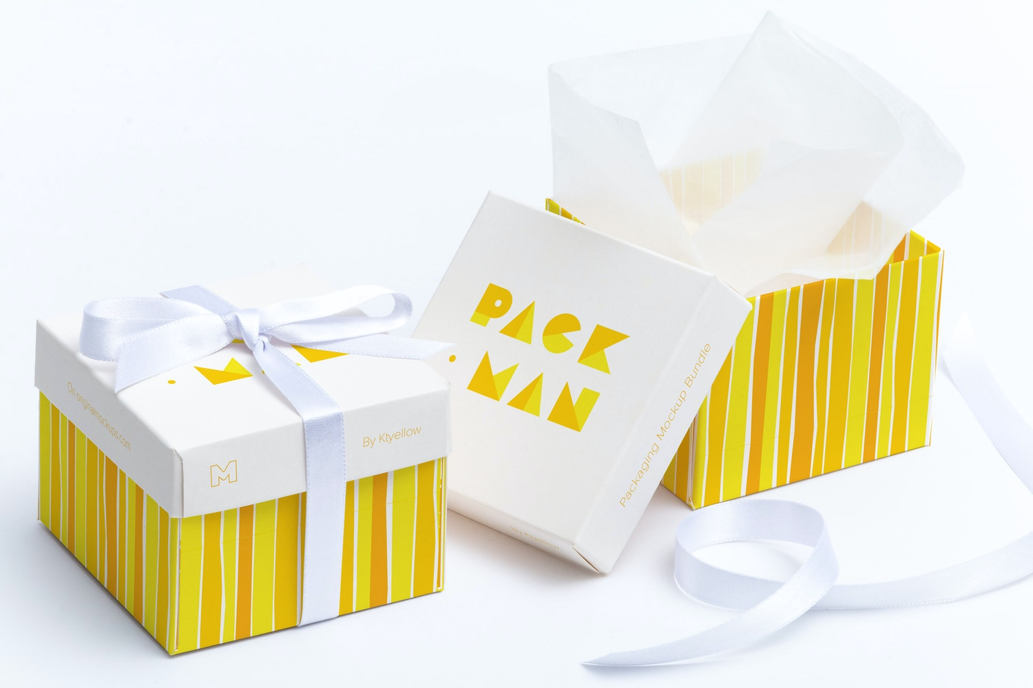 Cube Gift Box Mockup 01 by Ktyellow  on Original Mockups
