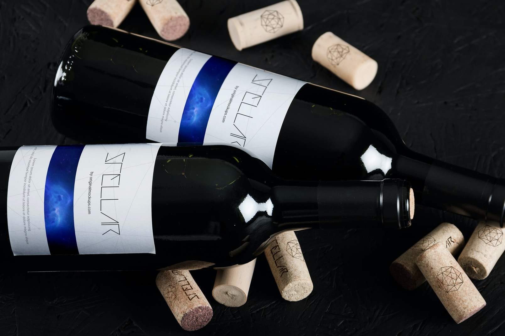 Maqueta de Botella de Vino 11